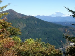 天狗石山からの七ツ峰と富士山
